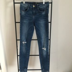 Zara Skinny Denim Jeans with Rips Size EU 34 US 2